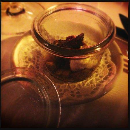 Basil Restaurant:                   mise en bouche..
