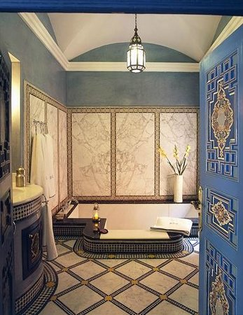 Riyad Al Moussika: Bathroom Suite Deluxe Al Azrak