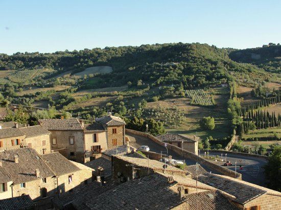 B&B Sant'Angelo 42:                   A view from the village