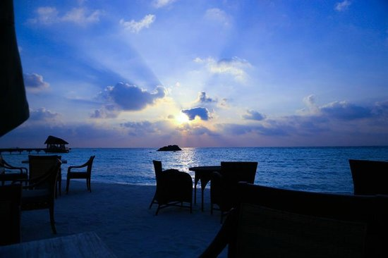 The Residence Maldives:                   Sunset