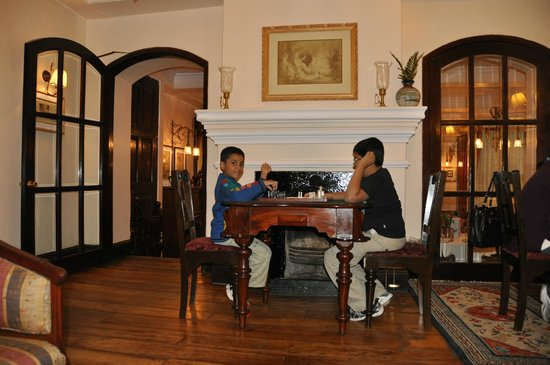 The Elgin, Darjeeling:                   A sitting area near the dining room