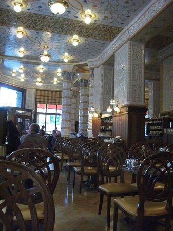 Art Deco Imperial:                   Resteraunt