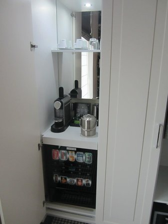 Hotel Notting Hill:                   Mini bar and Nespresso machine