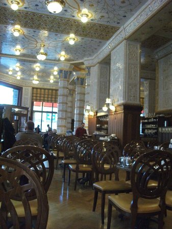 Art Deco Hotel Imperial:                   Resteraunt