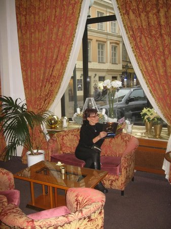 Grand Hotel Bohemia:                   Reception area