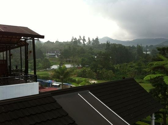 Casa dela Rosa Hotel:                   Gorgeous view from the 2nd floor balcony...
