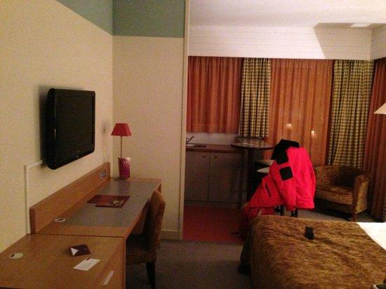 Mercure Toulouse Aeroport Golf de Seilh Hotel:                   room/suite