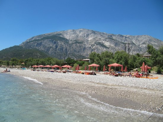 Kampos Village Resort:                   Votsalakia beach, mount Kerkis