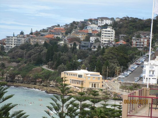 Coogee Sands Hotel & Apartments:                   View, I accept it was a zoomed view avoiding the building next to the hotel