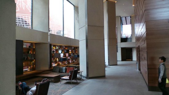 Grand Hyatt San Francisco:                   Lobby