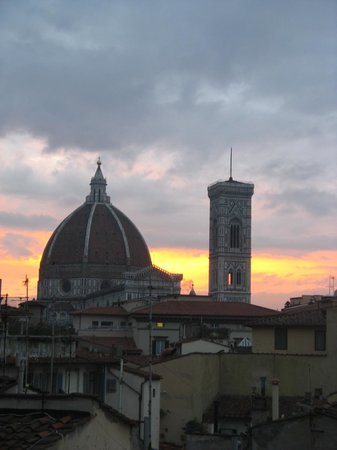B4 Astoria Firenze:                   Room with a View