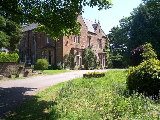 Oakwood Park Hotel: The house in its own parkland