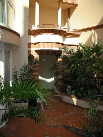 Hotel Castellane: cour intérieure