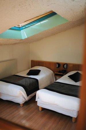 Hotel Castellane: chambre triple