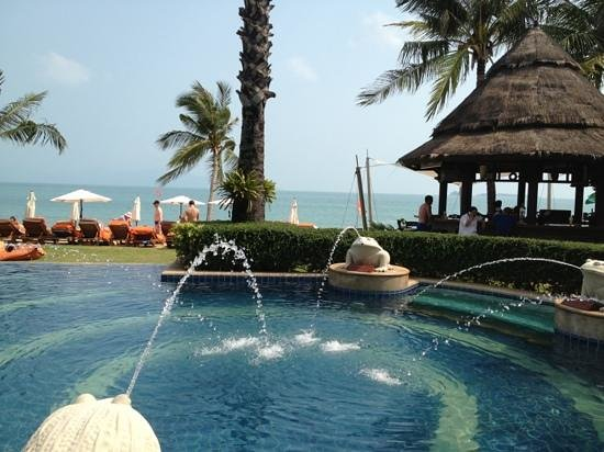 Bandara Resort & Spa:                   Pool