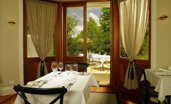 Long Apron Restaurant