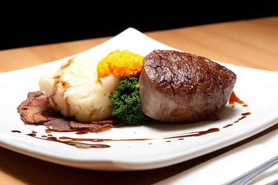 Blackburn House: Delicious Food