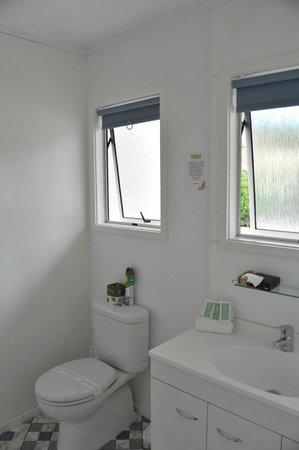 Equestrian Lodge Motel: salle de bain