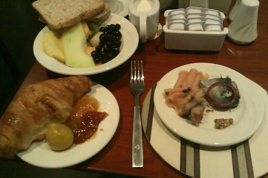 City Lodge Hotel Sandton Morningside :                   breakfast