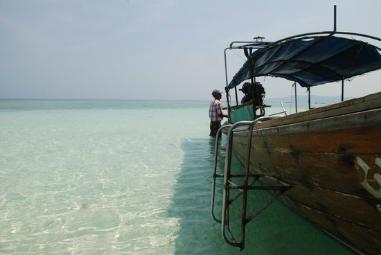 Bay View Resort:                   Bamboo Island