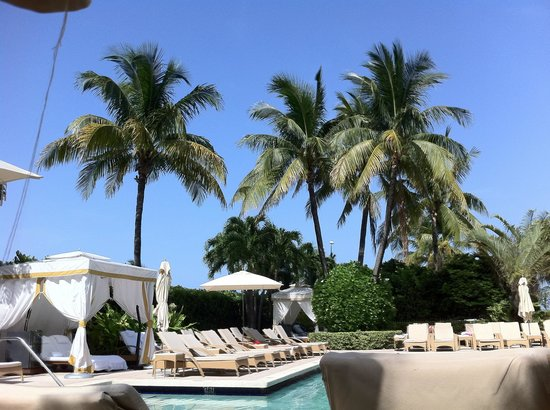 The Ritz-Carlton Key Biscayne, Miami:                   Pool side
