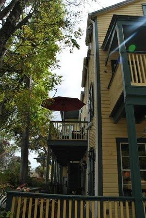 Agustin Inn:                   Nebentreppe