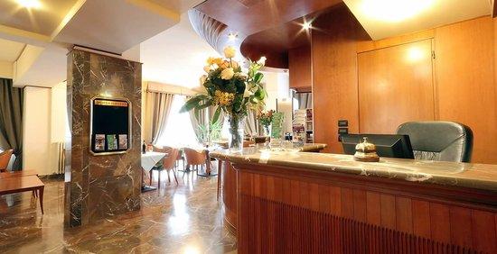 Hotel Arcadia : getlstd_property_photo