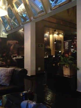 Lounge at Harvey's