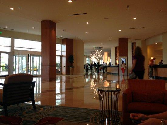 Hilton Orlando:                   Lobby