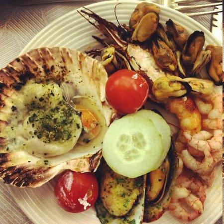 Hotel Mioni Pezzato: морепродукты на ужин