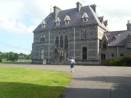 National Museum of Ireland - Country Life:                   Manor House