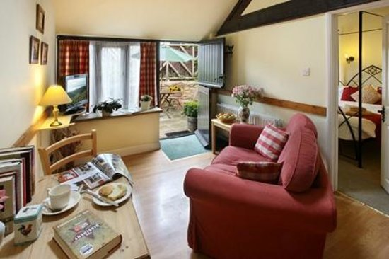 Church Farm Country Cottages: Burys cCttage open plan lounge/kitchen/dining area