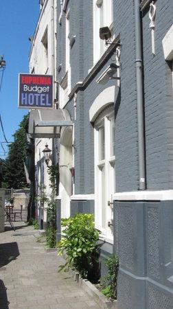 Euphemia Hotel: Euphemia Budget Hotel