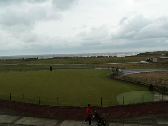 ‪‪Carnoustie Golf Course Hotel‬:                                     View from room ( Clubhouse view)