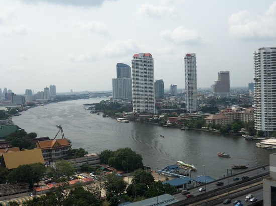 Centre Point Hotel Silom:                   River view