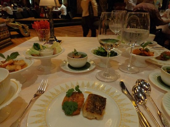 Mandarin Oriental, Bangkok:                   Thai banquet at Sala Rim Naam restaurant, The Mandarin's restaurant across the