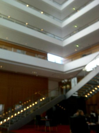 Hilton Copenhagen Airport: hall depuis restaurant