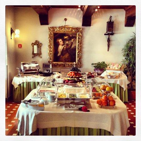 Villa Olmi Firenze: Colazione da Re