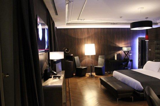 Berg Luxury Hotel: при входе