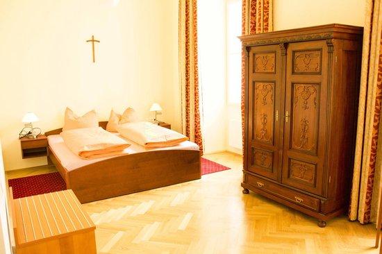 Gästehaus im Priesterseminar Salzburg: Doppelzimmer