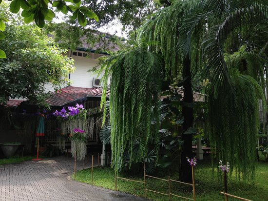 The Museum of Floral Culture:                   Entrance to the museum