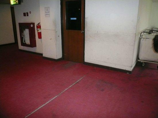 Pimarn Hotel:                   Palier du 1er étage
