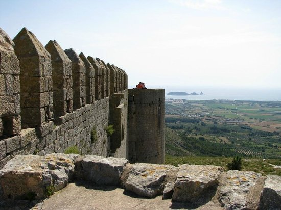 Castillo de Montgrí:                   View from Montgri Castle to L'Estartit and Medes islands