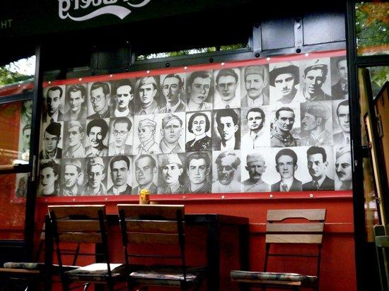 Caffe Tito:                   Interno