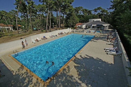 Arc en ciel oleron updated 2017 resort reviews price for Hotel des bains oleron