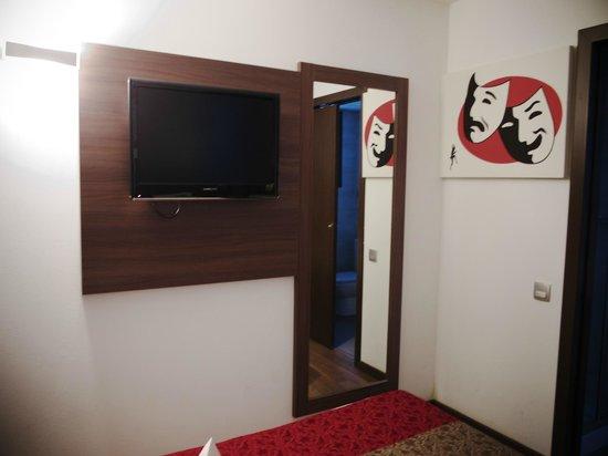 Hotel Auto Hogar:                   部屋