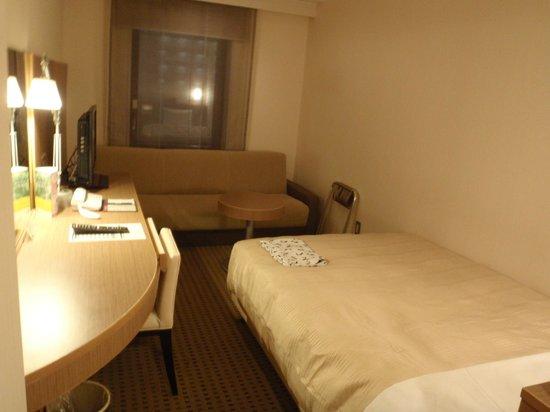 Hotel Sunroute Plaza Nagoya:                   シングルルーム(禁煙)