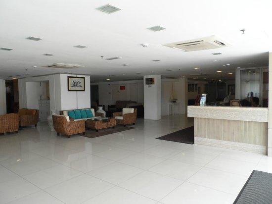 Sumai Hotel Apartment :                   Reception area