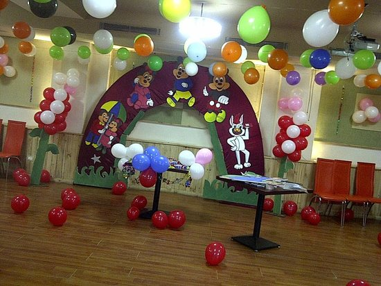 Omg Food Court & Party Hall: Micky mouse Theme @ PARTY HALL