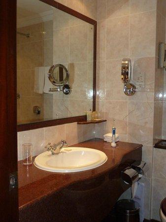 Sarova Stanley: Flot badeværelse